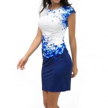 Права рокля с нешен принт на цветя
